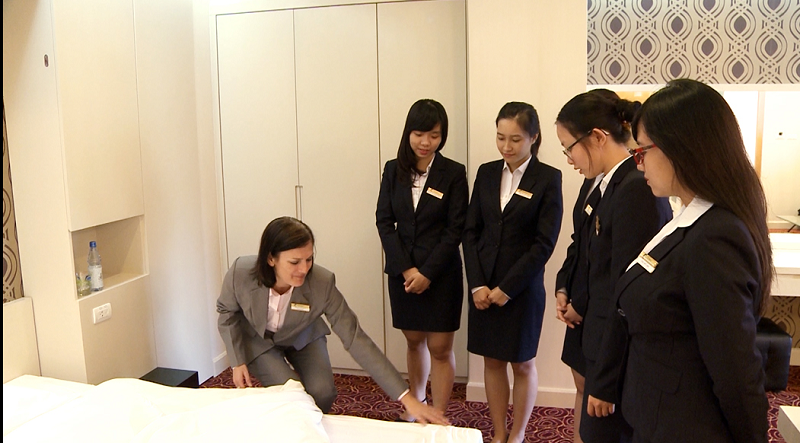 Tuyen Sinh Trung Cấp Quản Trị Khách Sạn Ở Hà Nội
